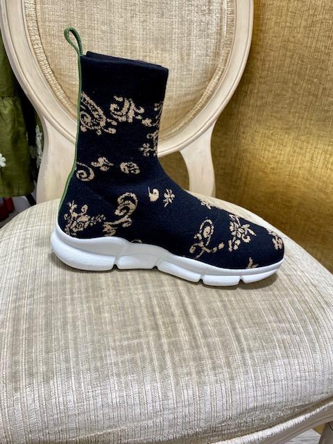 Printed-Sneakers